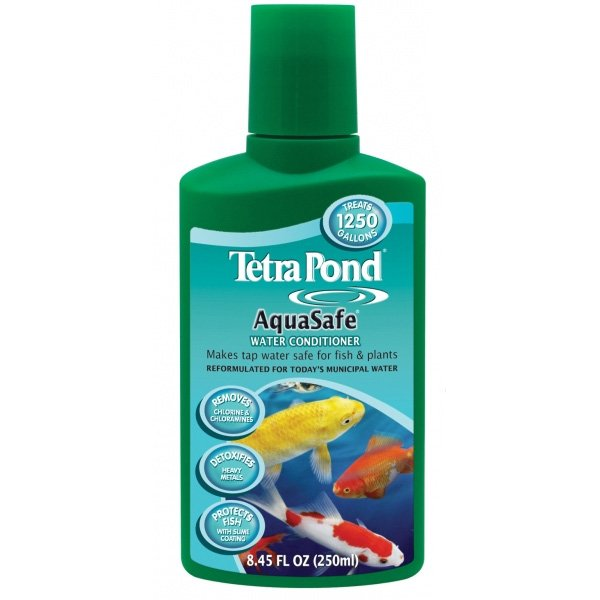 Tetra Aqua Safe Pond Dechlorinator / Size 8.4 Ounces