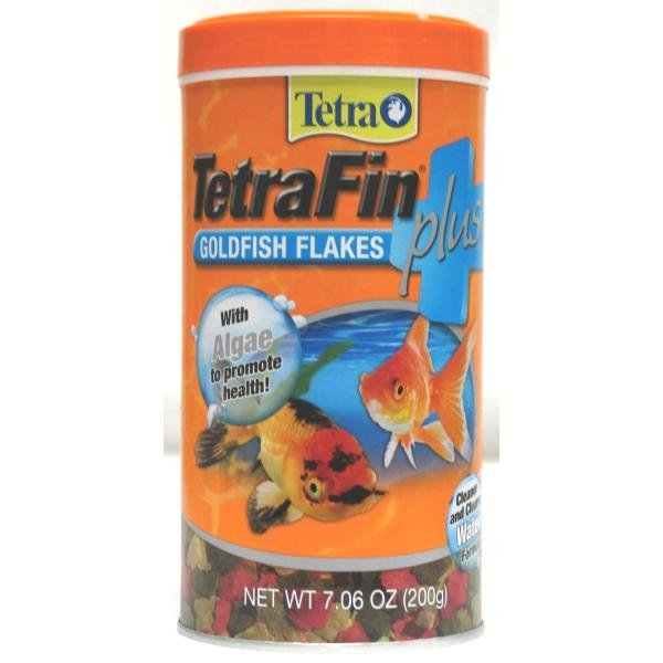 Tetrafin Plus Goldfish Flakes / Size 7.06 Oz