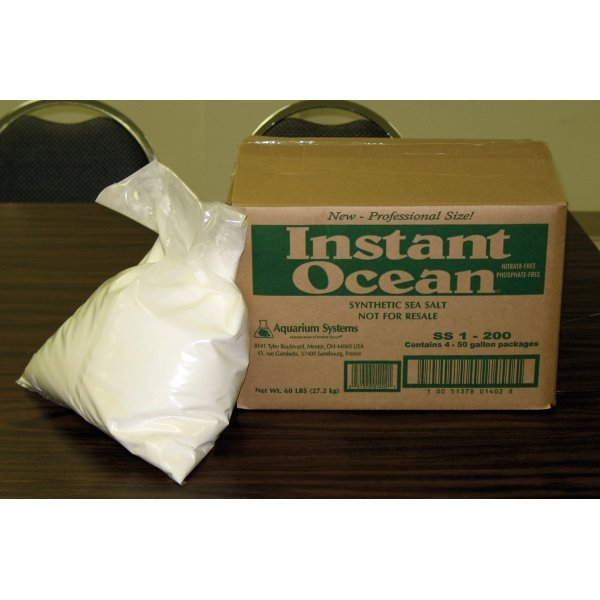 Instant Ocean Sea Salt For Aquariums / Size 200 Gal