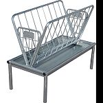 Perfect for goats, sheep and mini horses Heavy-duty construction, pre-galvanized catch basin and hot galvanized hay rack Has a quick 10 minute assembly with only 4 bolts