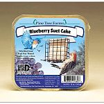 The Pine Tree Farms Blueberry Suet Cake provides a great source of high energy to your backyard birds, which have a very high metabolism. Suet is a high-energy formulation of animal fat that is traditionally used to attract birds